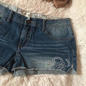 Low rise forever 21 shorts